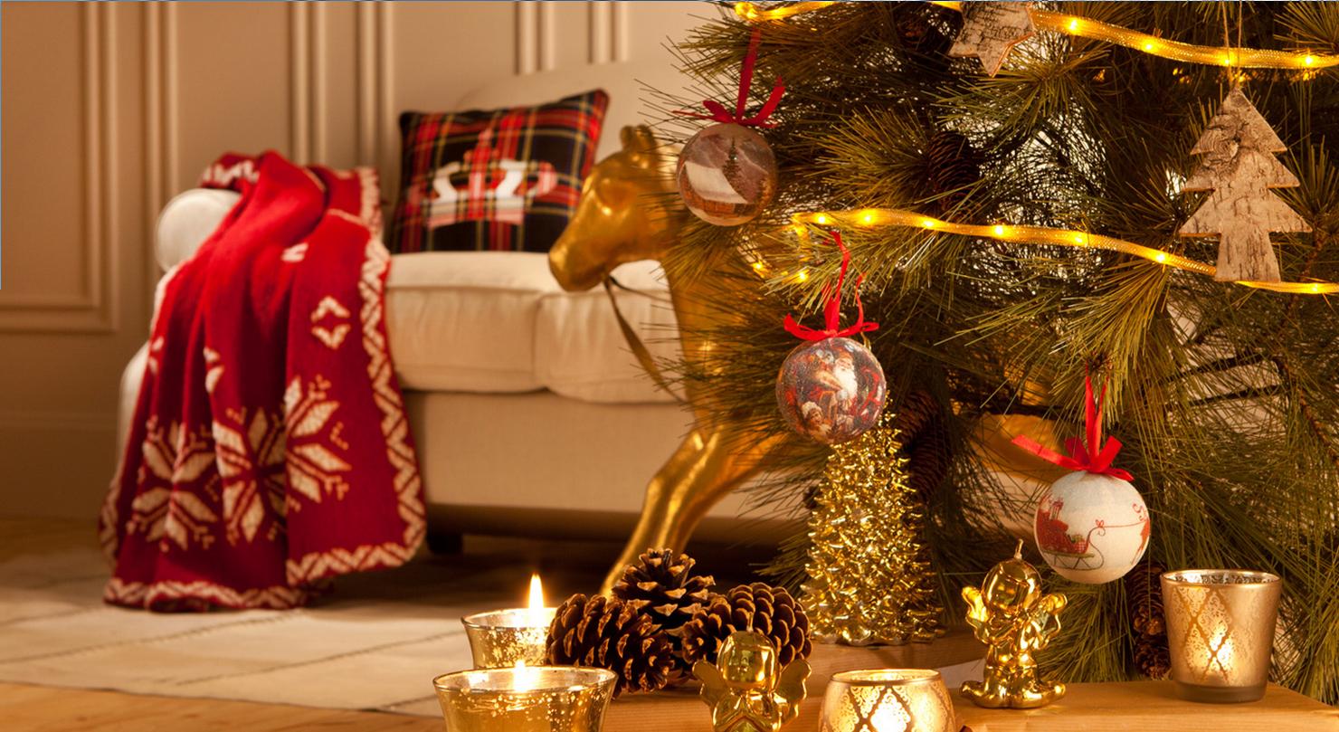 C mo decorar el sal n de tu hogar en navidad blog for Decoracion de salon navideno
